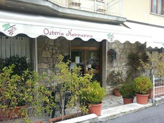 Ristorante Osteria NonnaAnna – Monteriggioni (SI)